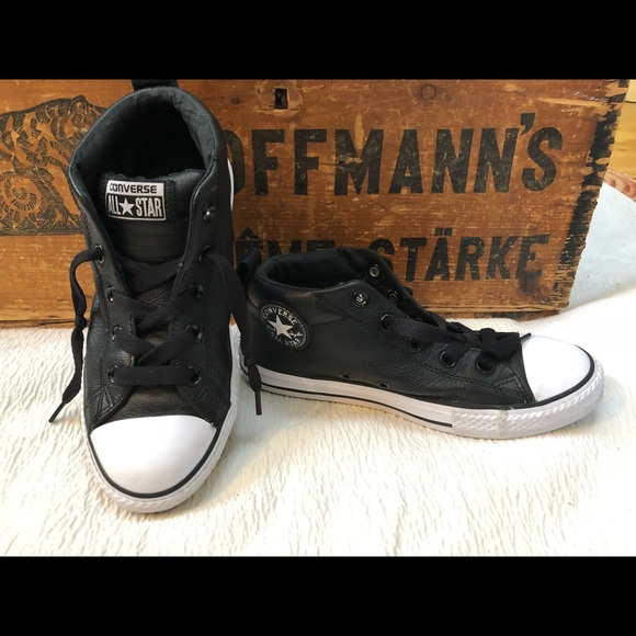 a4e9ae63823 Converse Junior black leather sneakers SALE